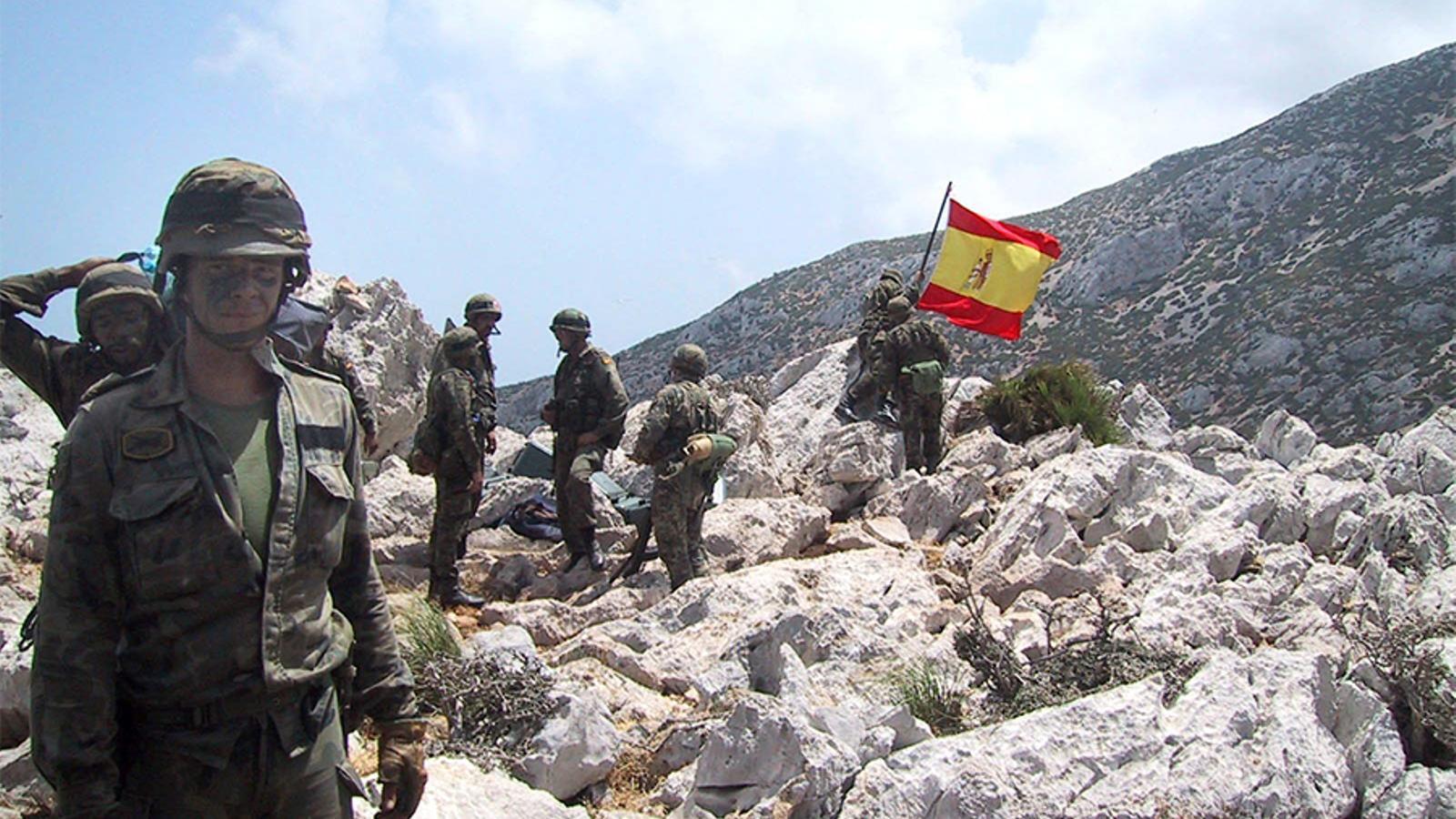 Desembarcament de les tropes espanyoles a Perejil el 2002