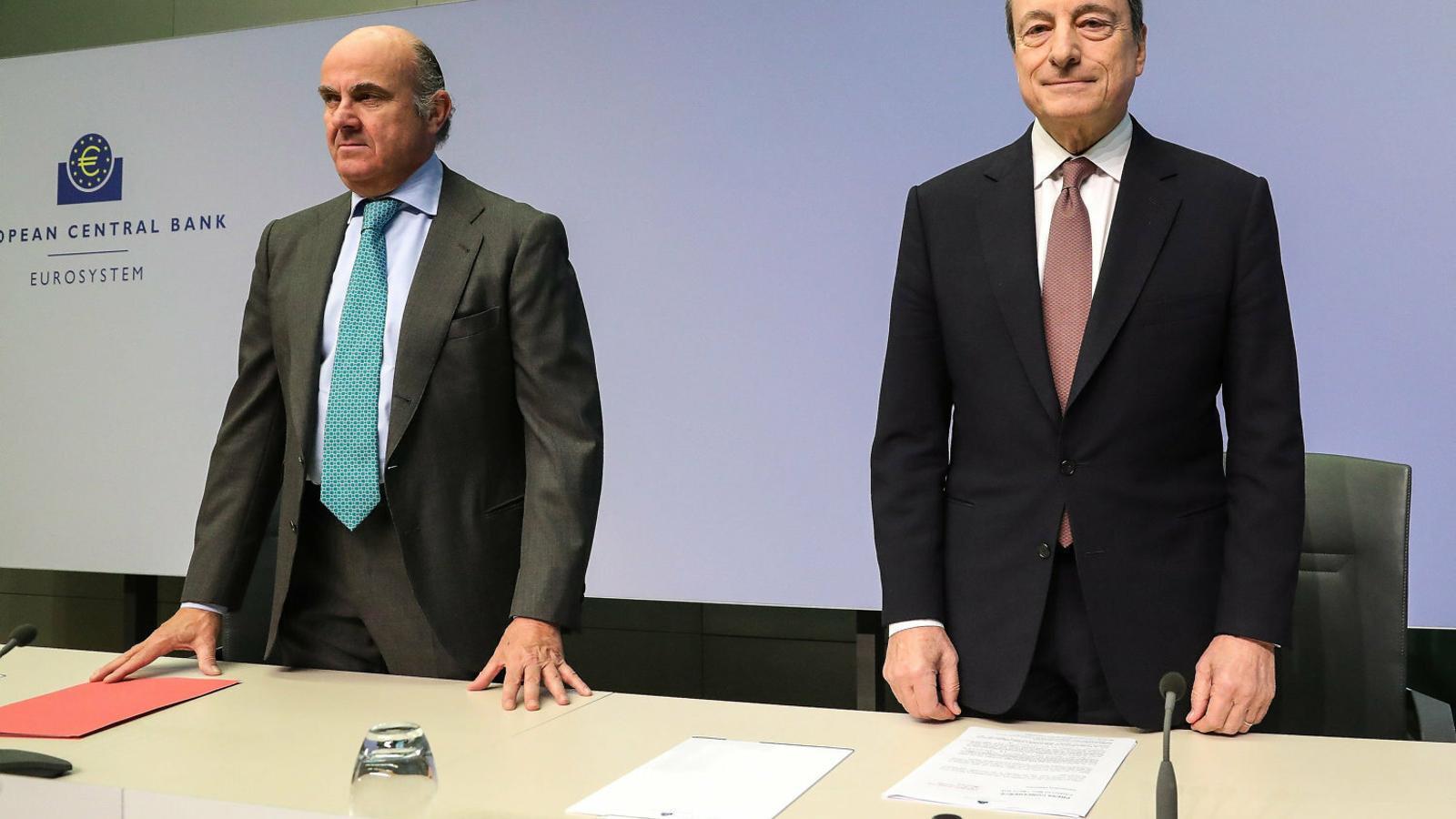 L'FMI rebat Guindos: Espanya va demanar publicar l'informe de Bankia