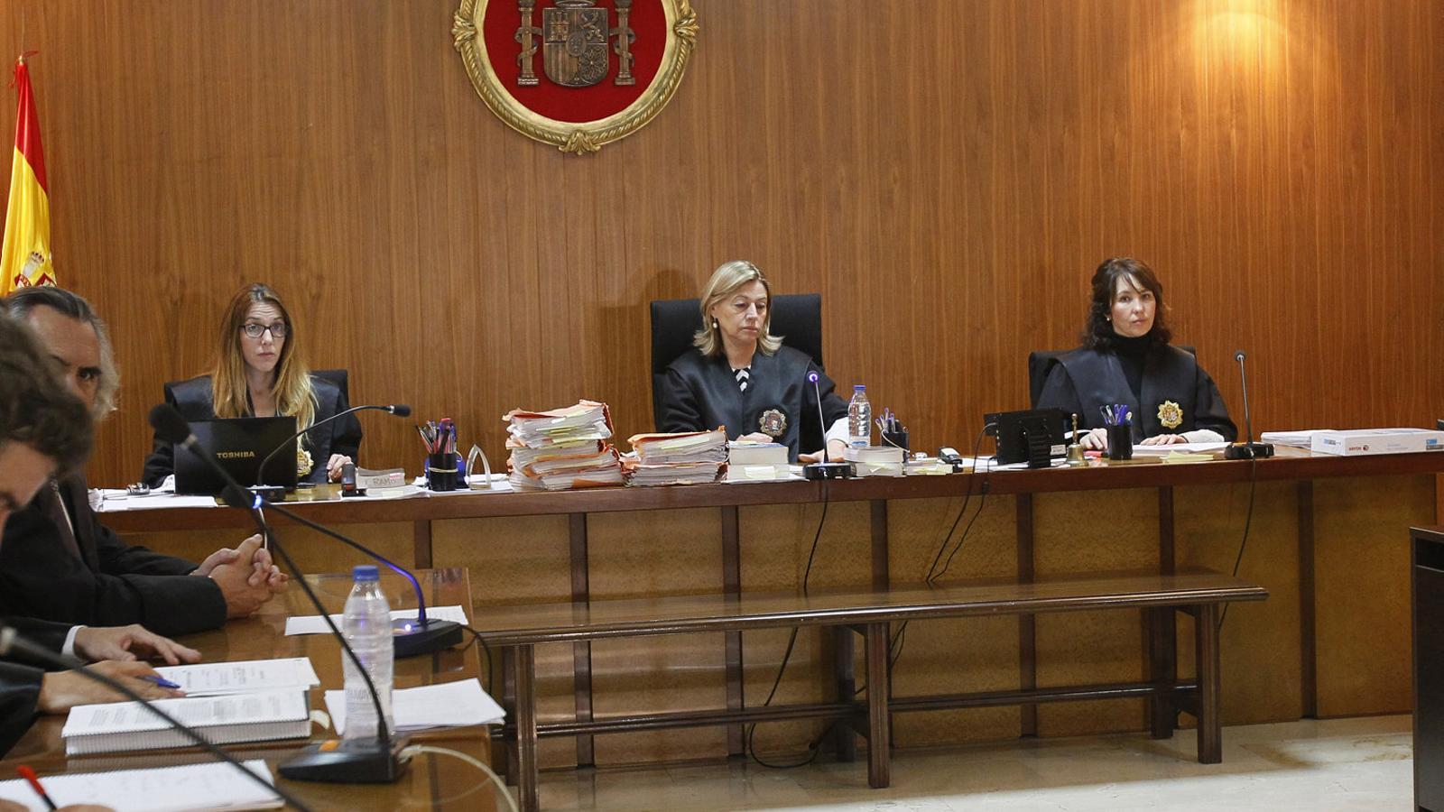 El sostre de vidre als jutjats: un 69% de dones i cap presidenta del TSJIB ni de l'Audiència