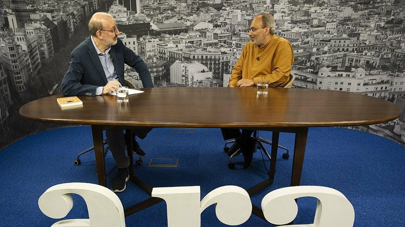 Entrevista d'Antoni Bassas a Carlos Lopes