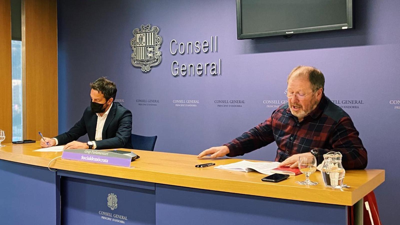 Pere López i Jordi Font, aquest dimecres en roda de premsa al Consell. / PS
