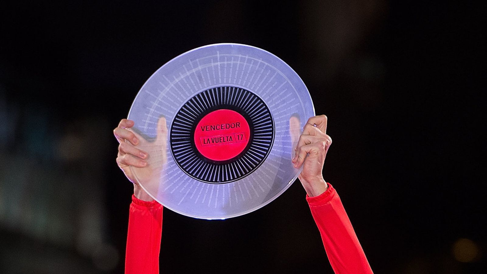 El triomf de Chris Froome a l'última Vuelta queda sota sospita per un positiu per dopatge.
