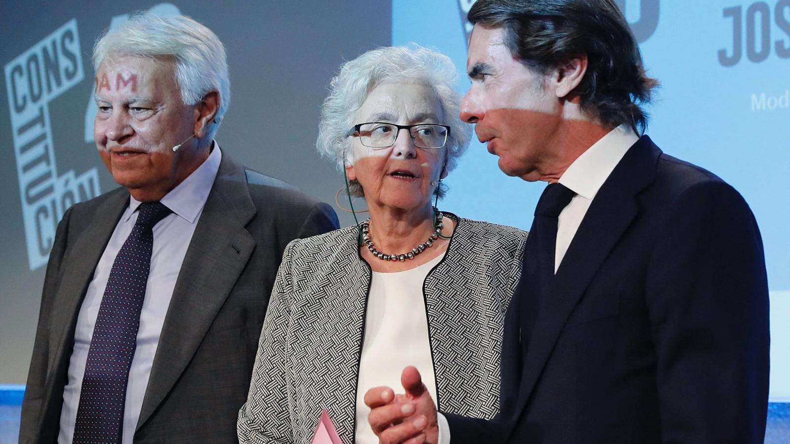 José María Aznar, Felipe González i Soledad Gallego-Díaz.