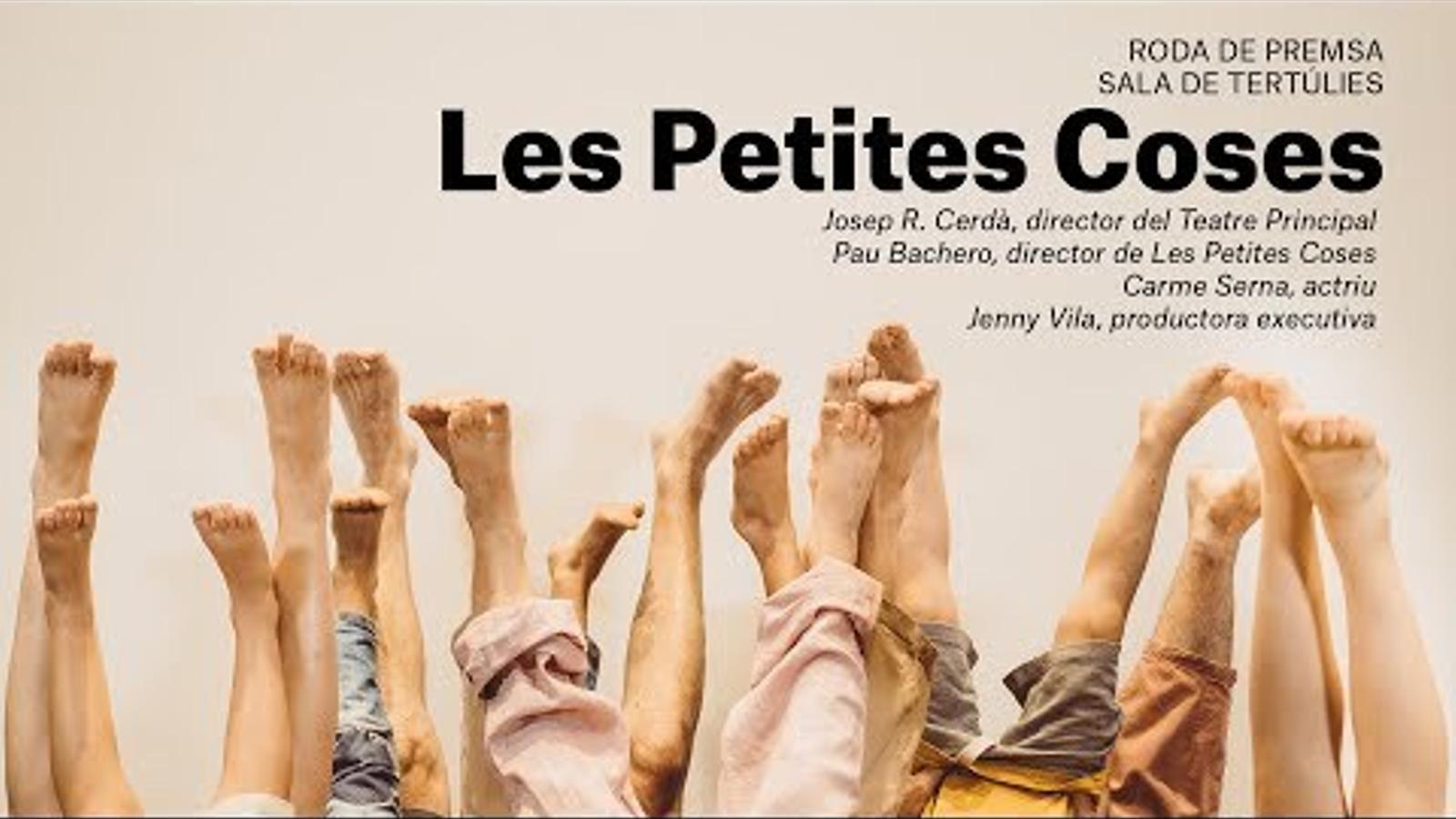 'Les petites coses', una proposta teatral d'adults que juguen com infants