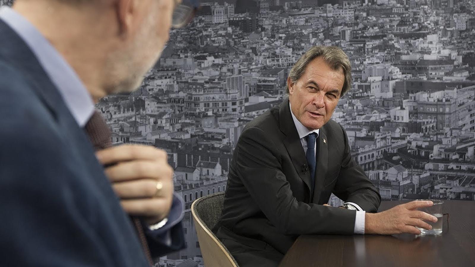 """Mas: """"Unes eleccions en què només s'hi presentin partits a favor de la dependència seria letal per Catalunya"""""""