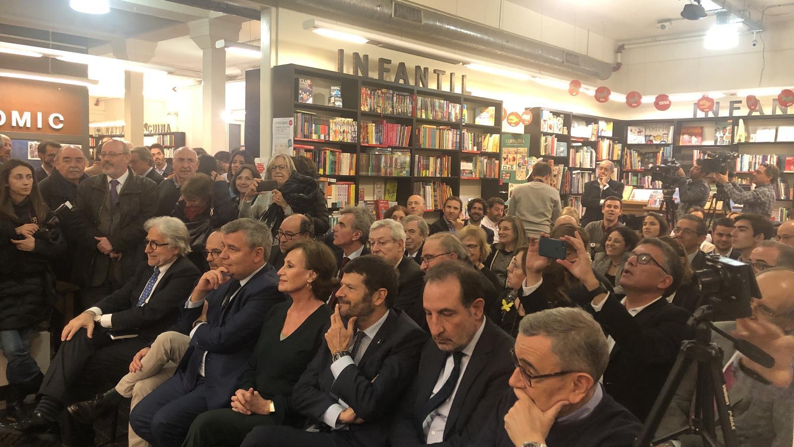 Públic assistent a la presentació del llibre de Marta Pascal
