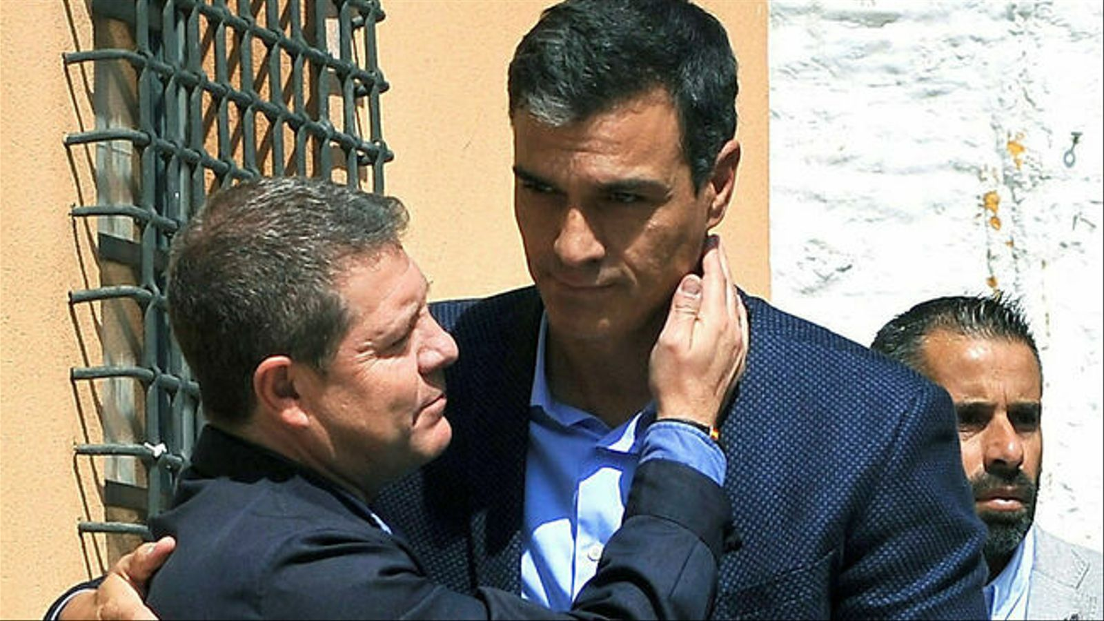 Aznar i González reneguen del preacord de govern del PSOE i Unides Podem