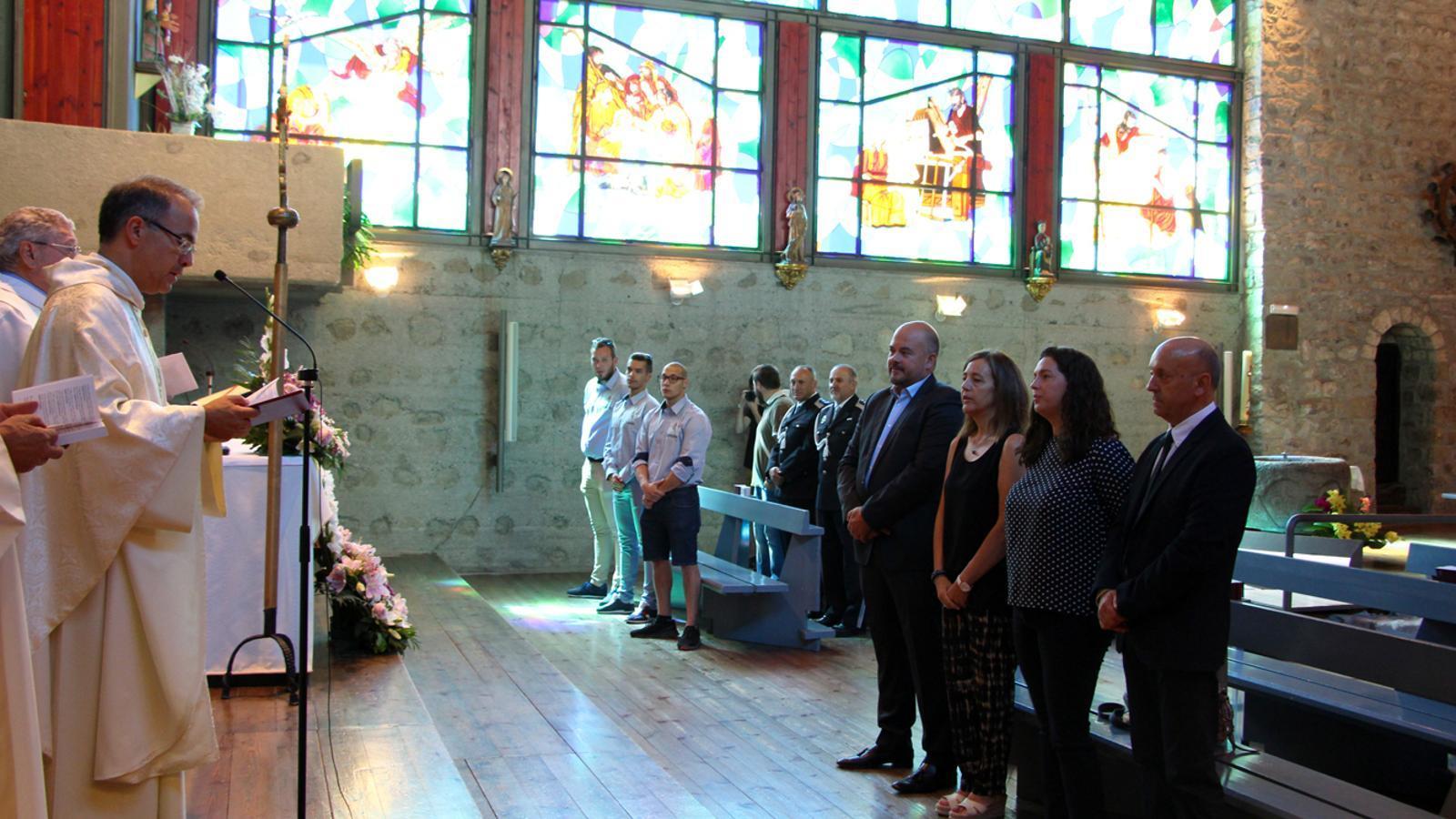 Missa de Sant Roc en motiu de la festa major de la parròquia d'Encamp. / T. N. (ANA)