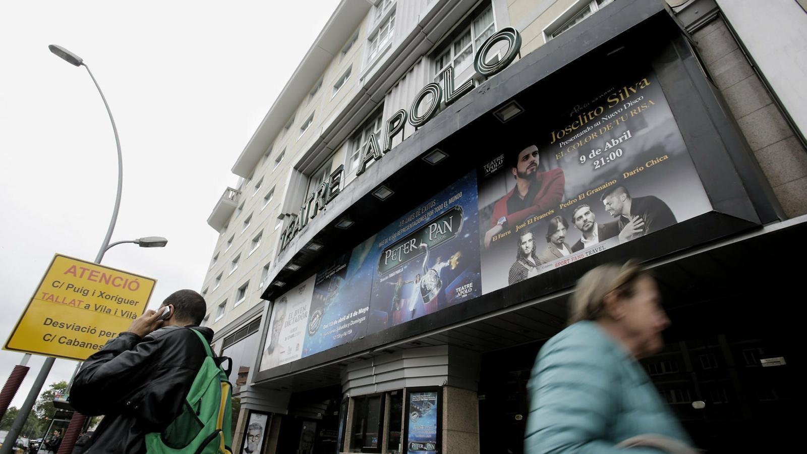 El Teatre Apolo tanca ofegat pels deutes