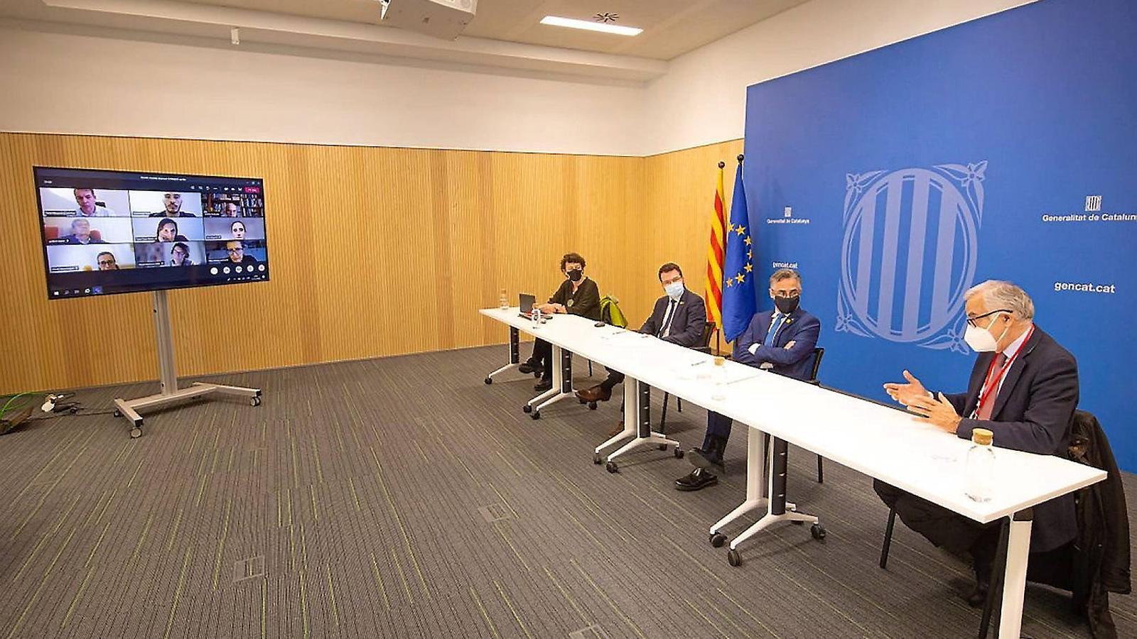 Imatge de la trobada d'ahir del comitè d'assessors de la Generalitat per a la gestió dels fons antipandèmia de la Unió Europea.