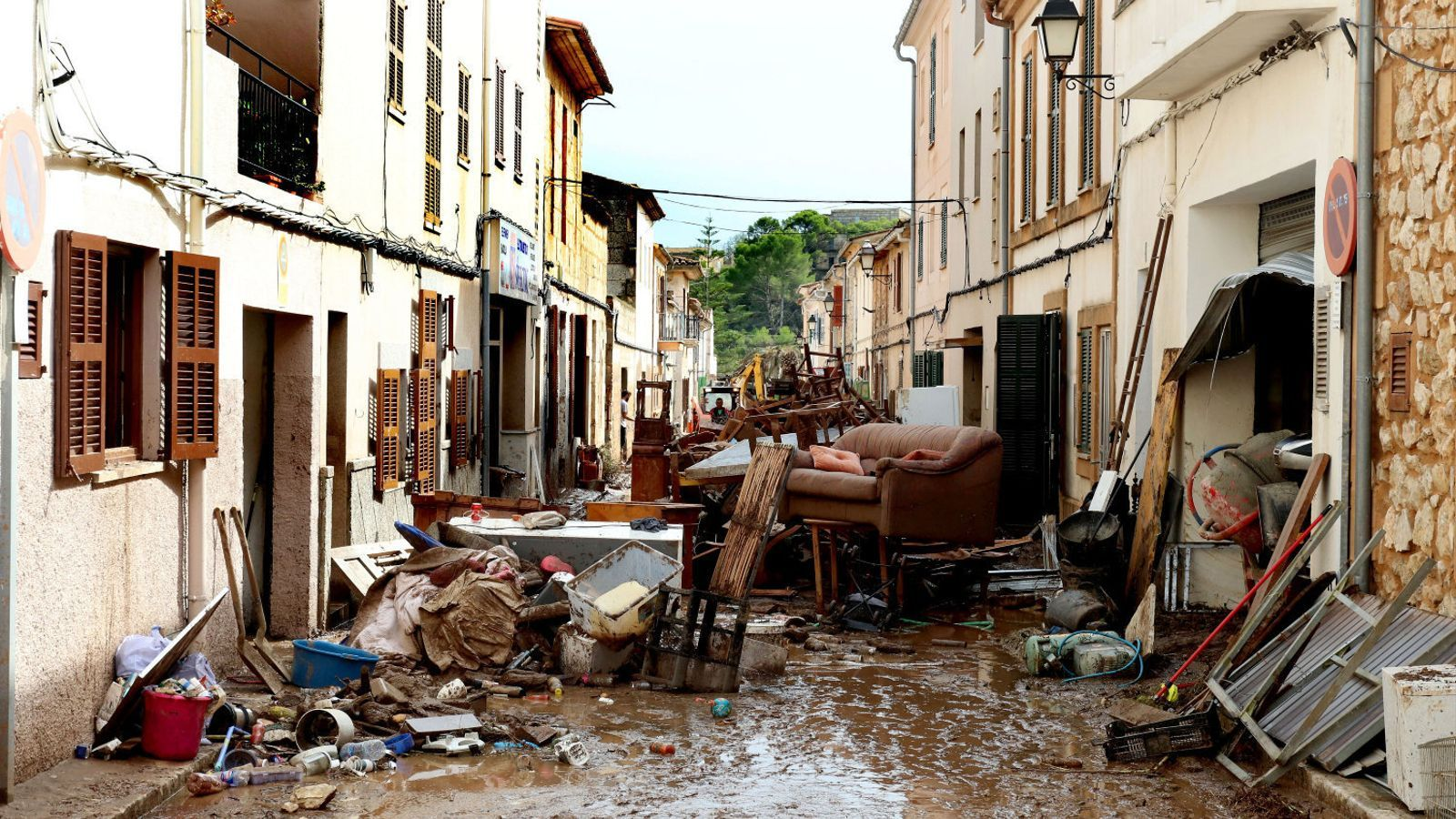 Imatge d'arxiu d'un dels carrers de Sant Llorenç després de la torrentada que afectà el 9 d'octubre passat el Llevant mallorquí.