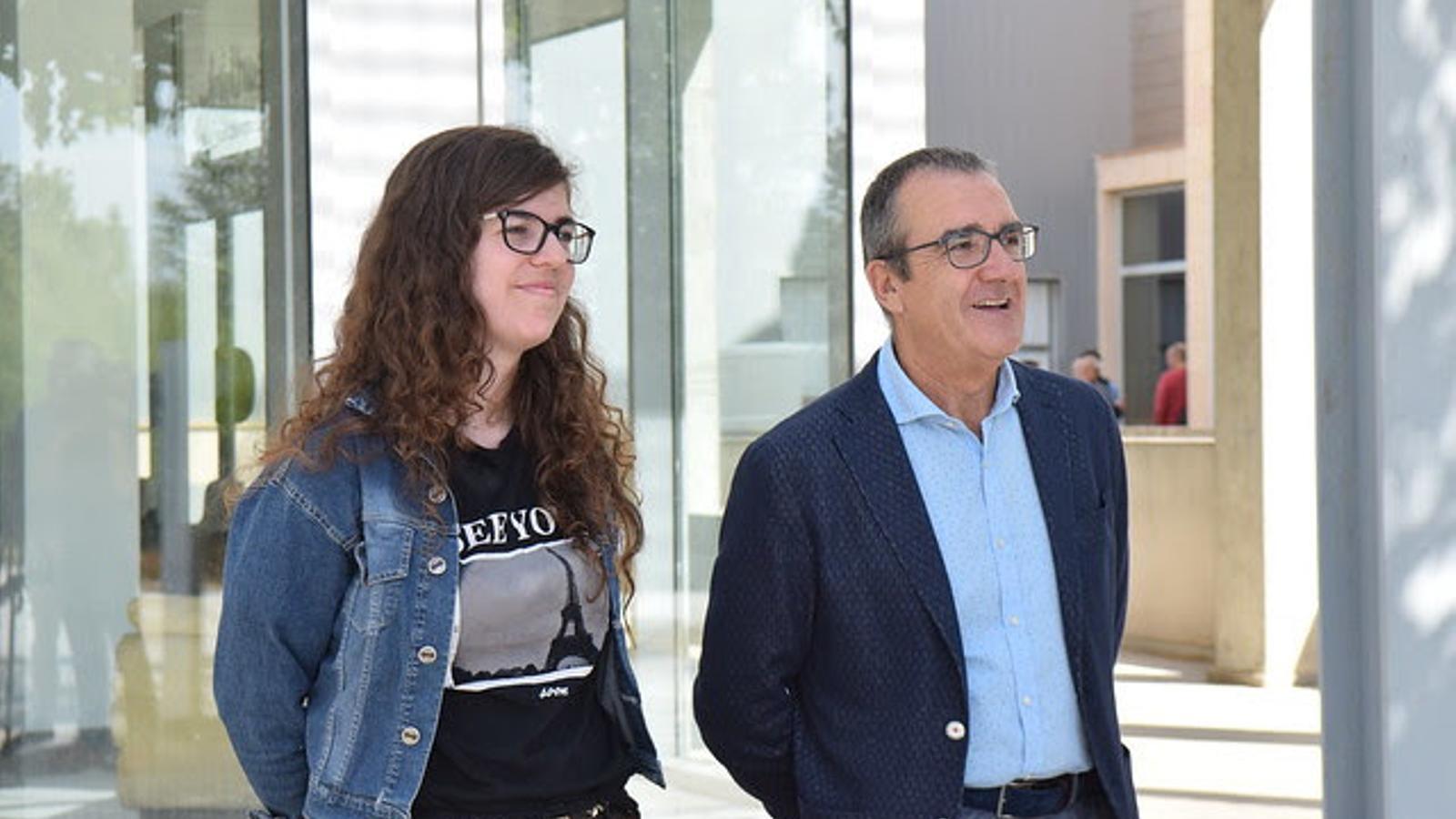 El candidat de Podem al Parlament, Juan Pedro Yllanes i Esperança Sans, número 4 a les llistes del Parlament
