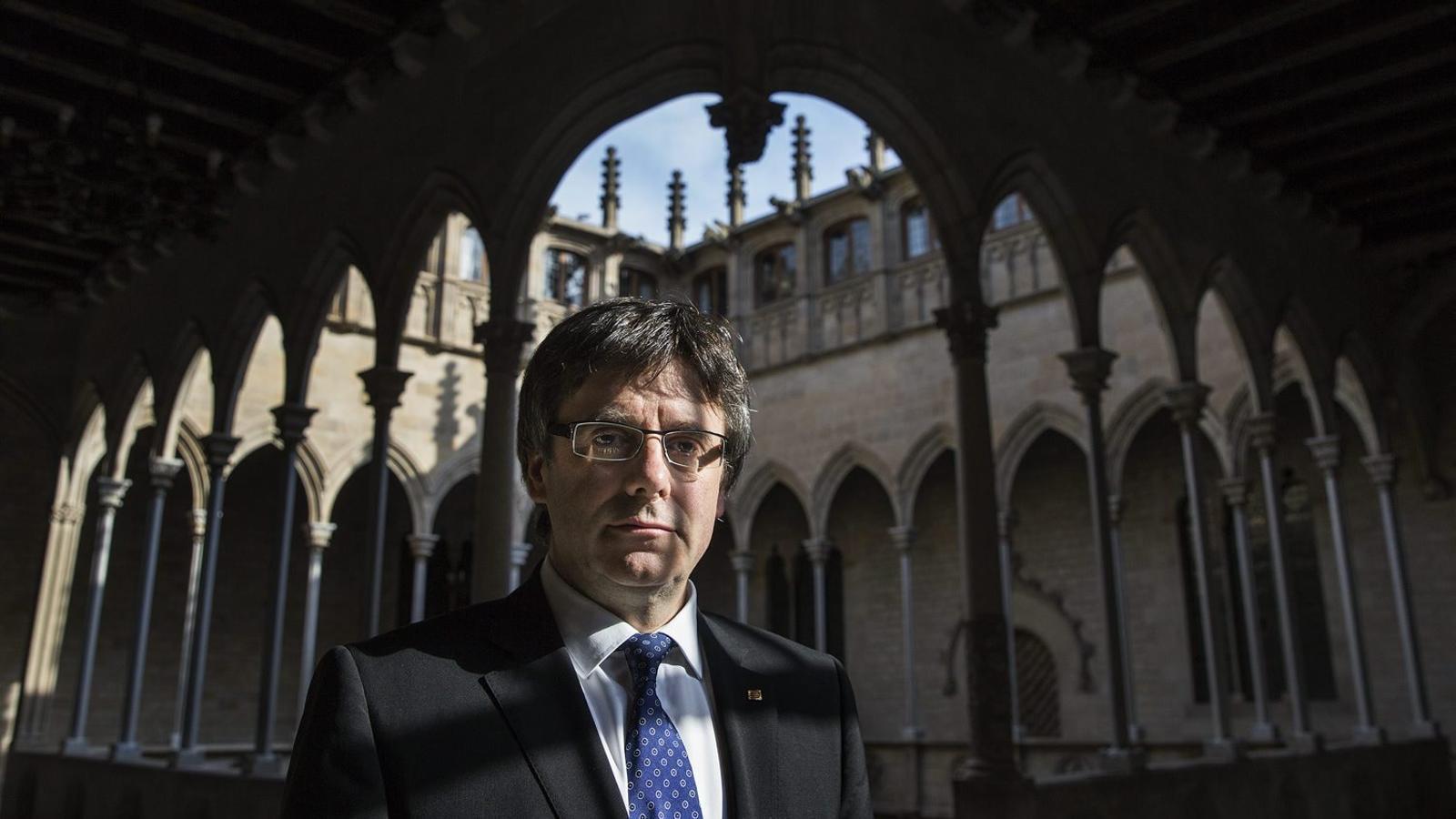 """Carles Puigdemont: """"Referèndum unilateral? No hem de descartar cap opció"""""""