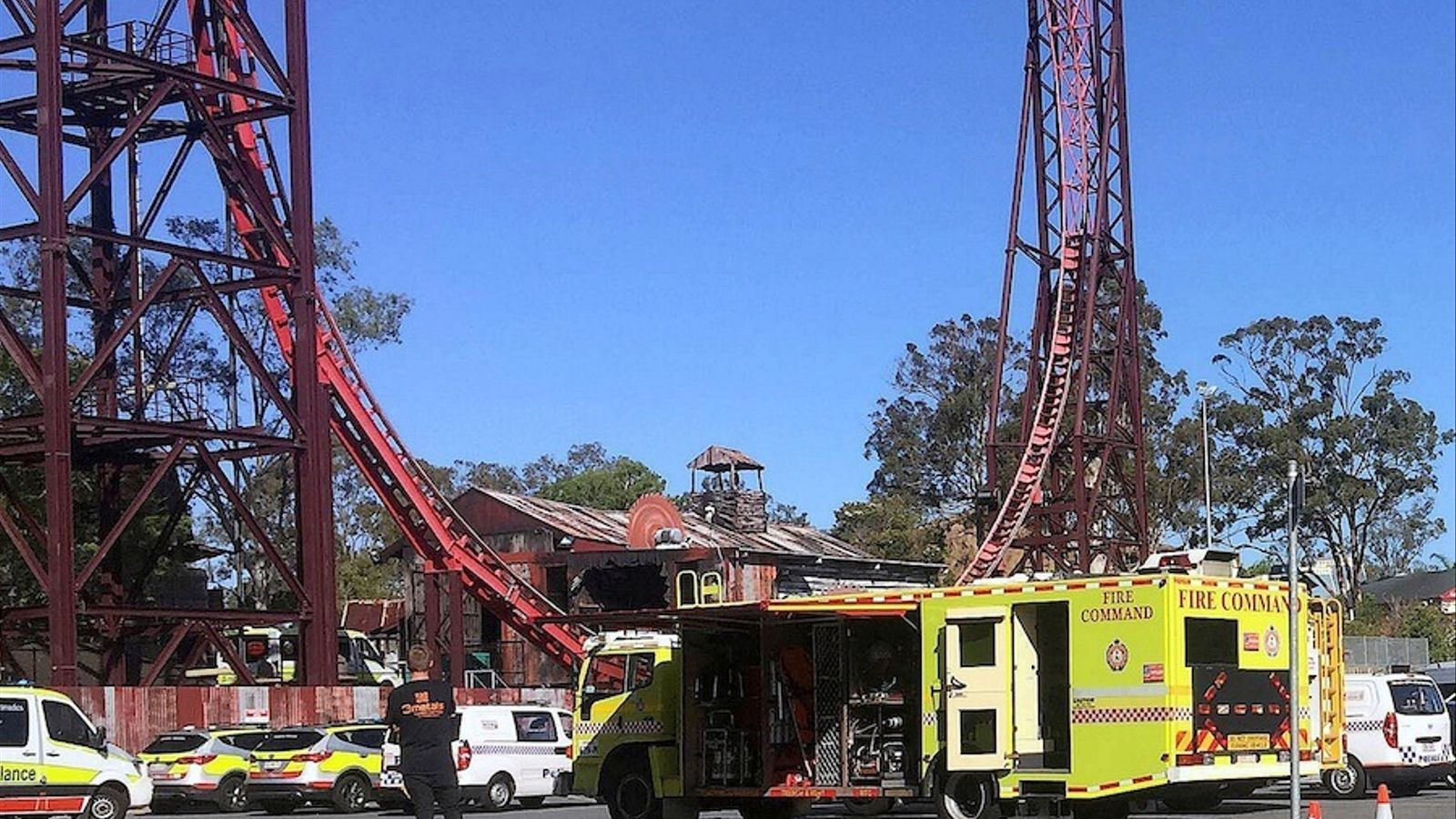 mergency services vehicles can be seen outside the Dreamworld theme park at Coomera on the Gold Coast, Australia, October 25, 2016 after a number of people were reported killed on a ride at Australia's biggest theme park.