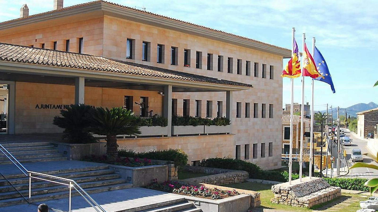 Batles de Mallorca es justifiquen per apujar-se el sou