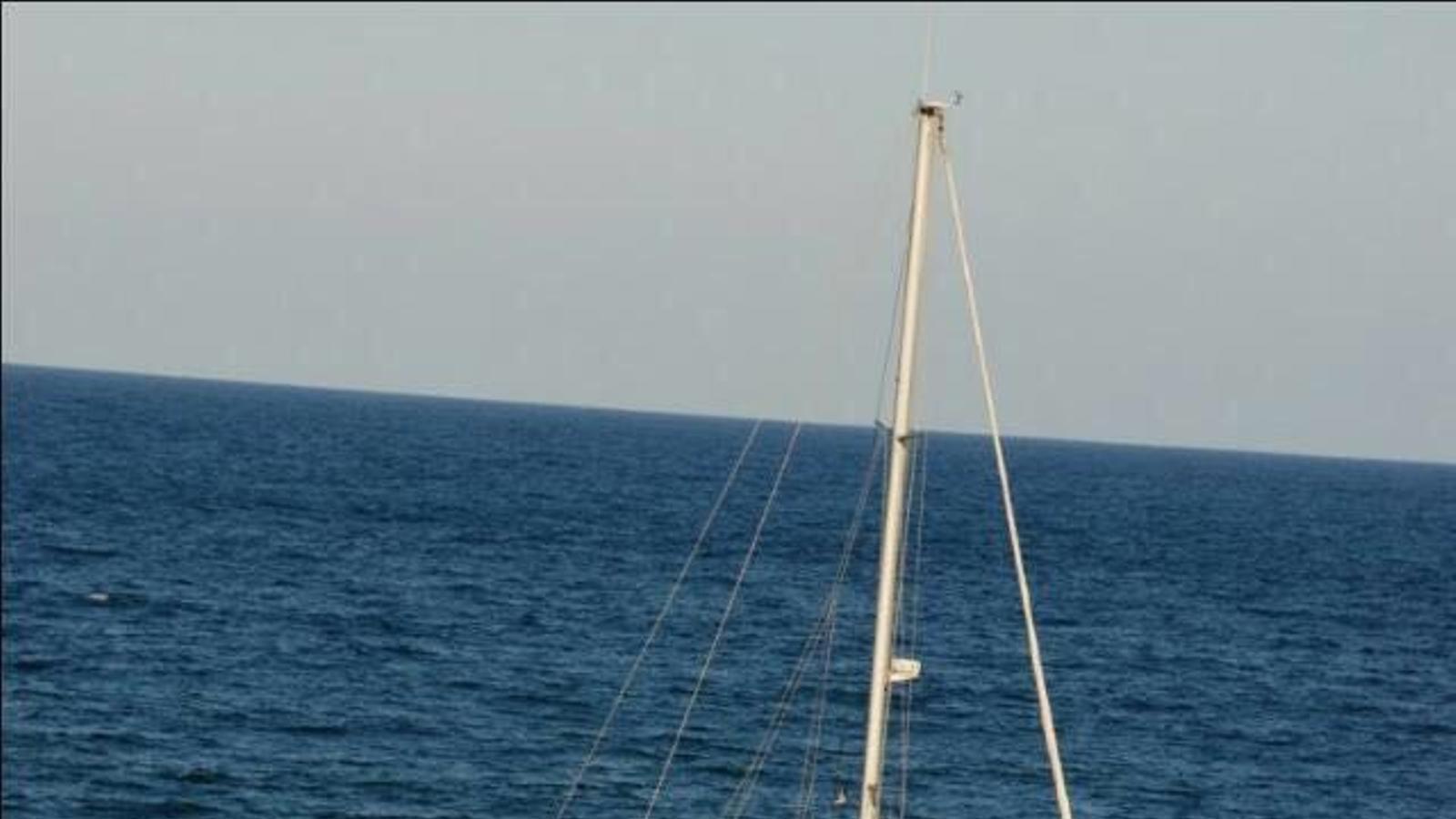 El vaixell navegant abans de patir els danys./ CLUB NÀUTIC D'ANDORRA