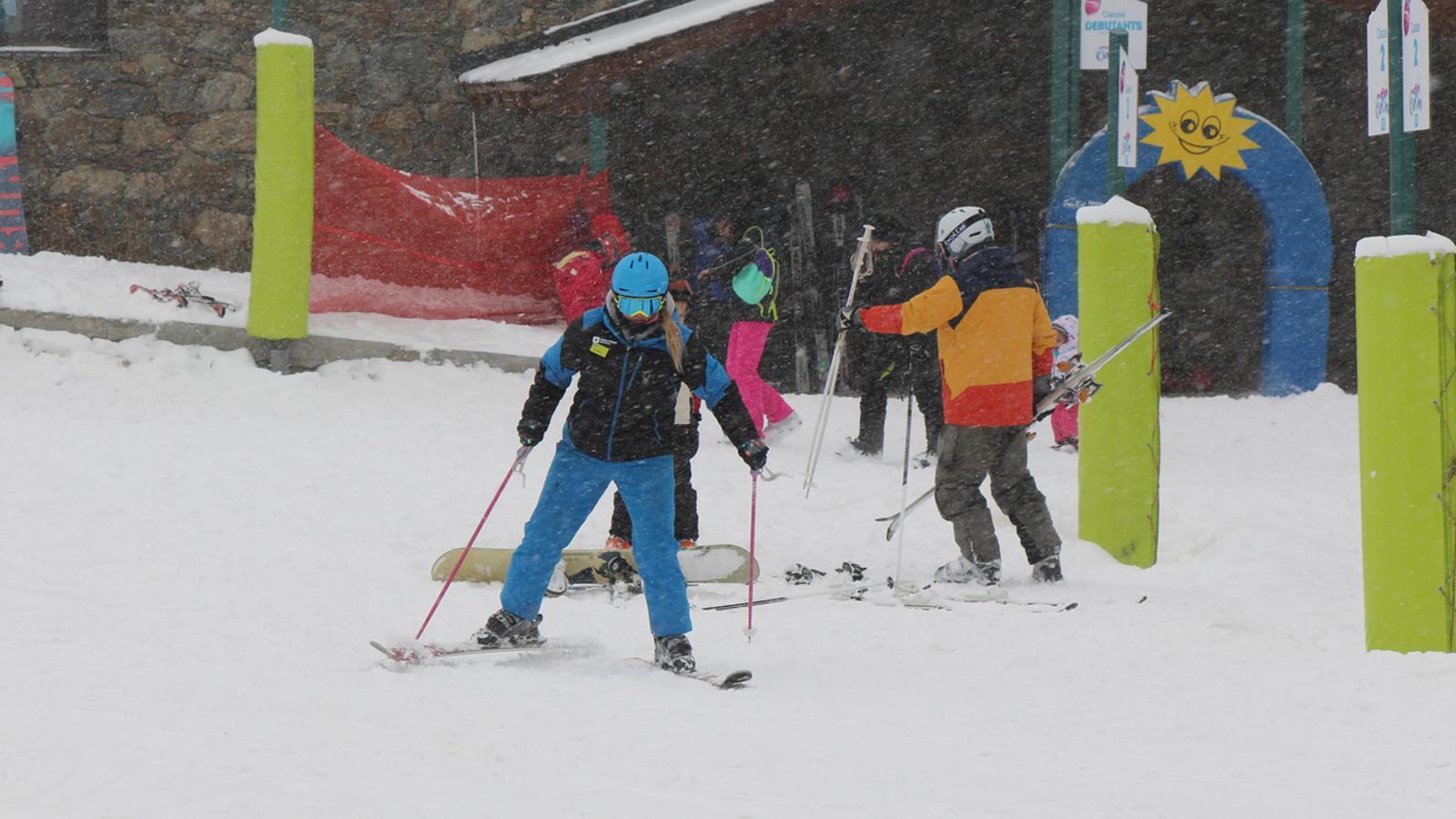 Una monitora d'esquí a Grandvalira / M.T.