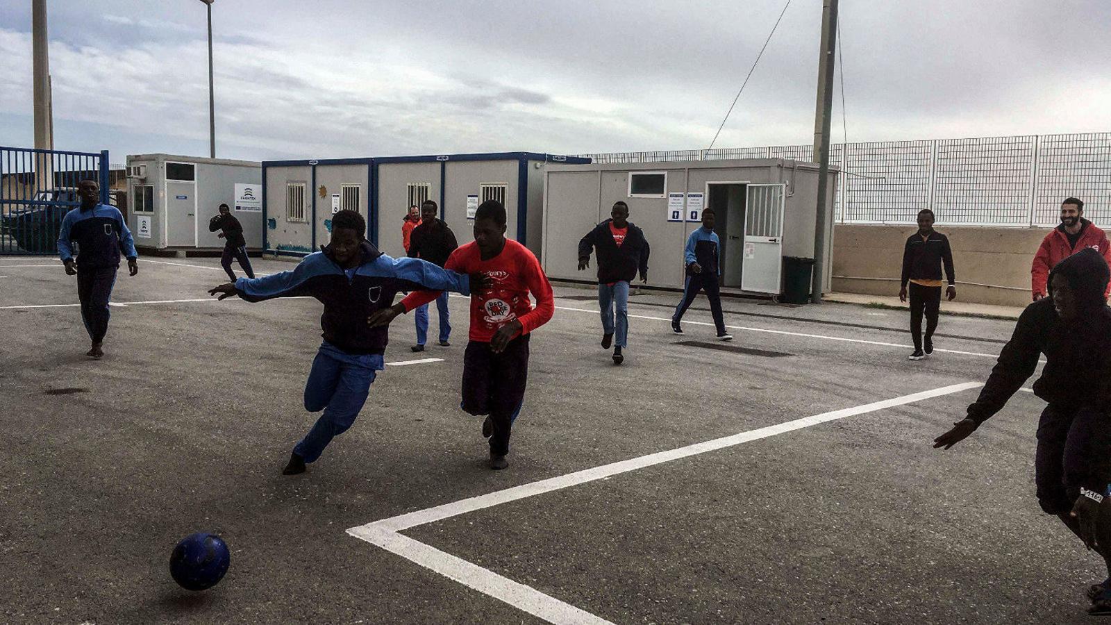 La nova 'presó' dels immigrants rescatats per Open Arms