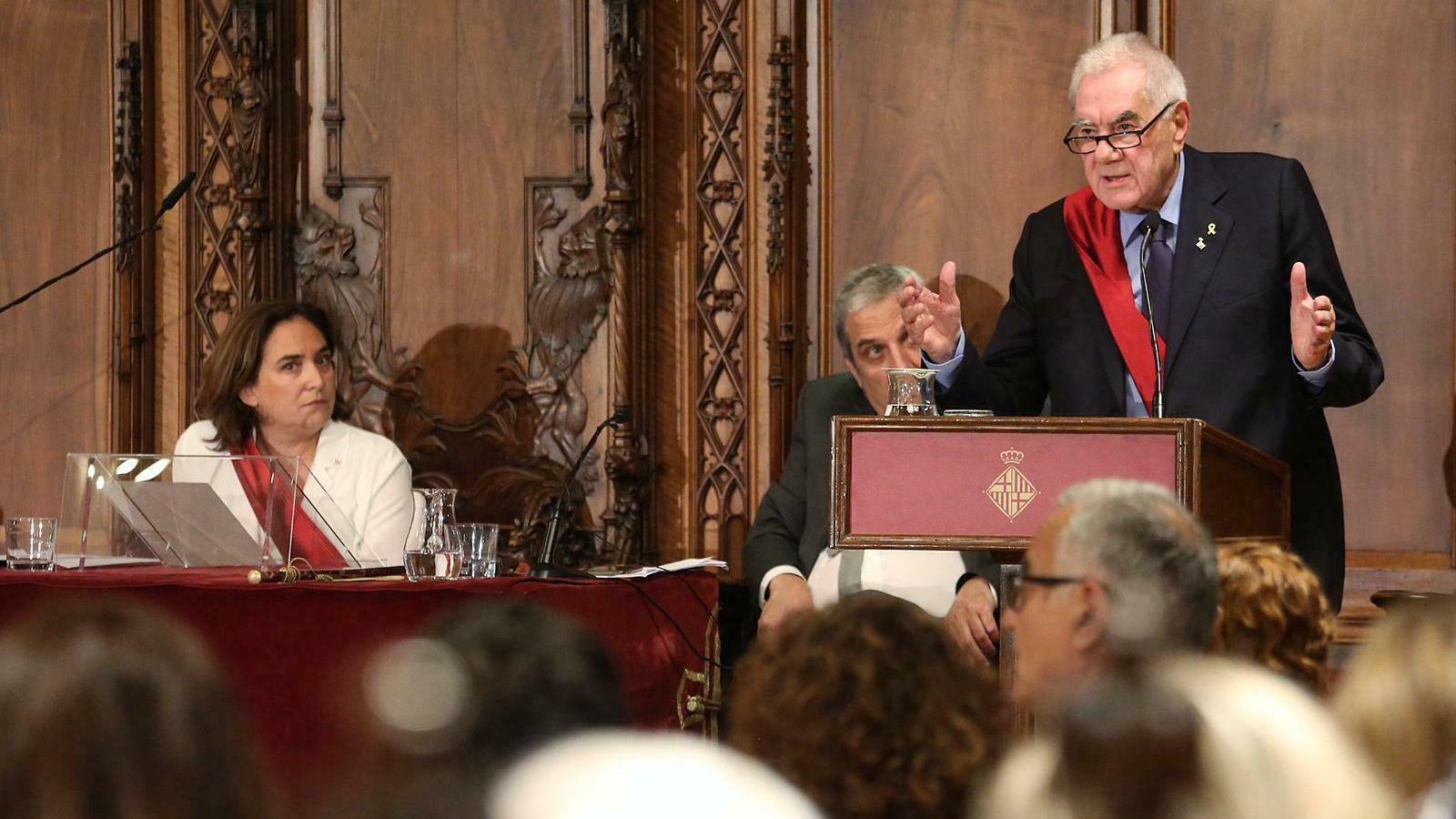 EN DIRECTE: Els regidors de Barcelona saluden Torra al Palau de la Generalitat