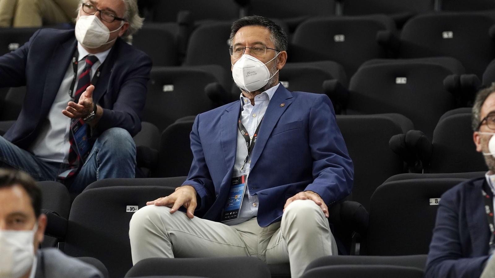 """Bartomeu: """"El VAR sempre afavoreix el mateix equip"""""""
