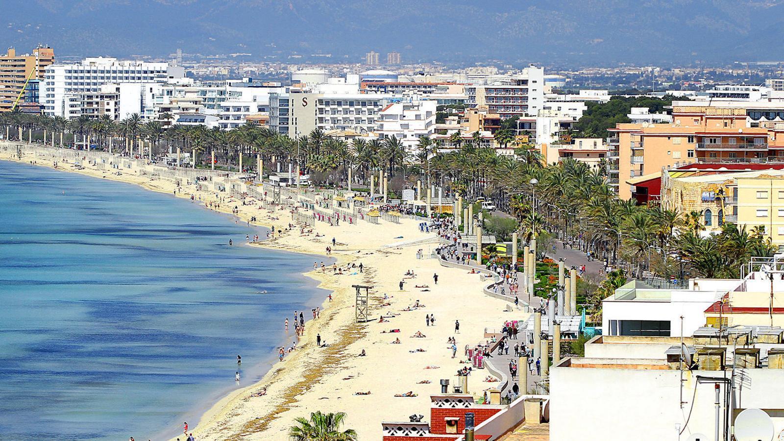 El PP de Palma denuncia que Cort no aplica les ordenances de via pública i de renous a la Platja de Palma