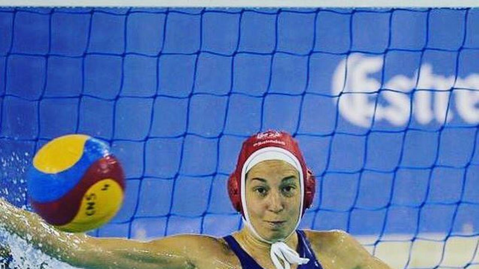 Laura Ester ha sigut escollida millor jugadora de waterpolo de l'any