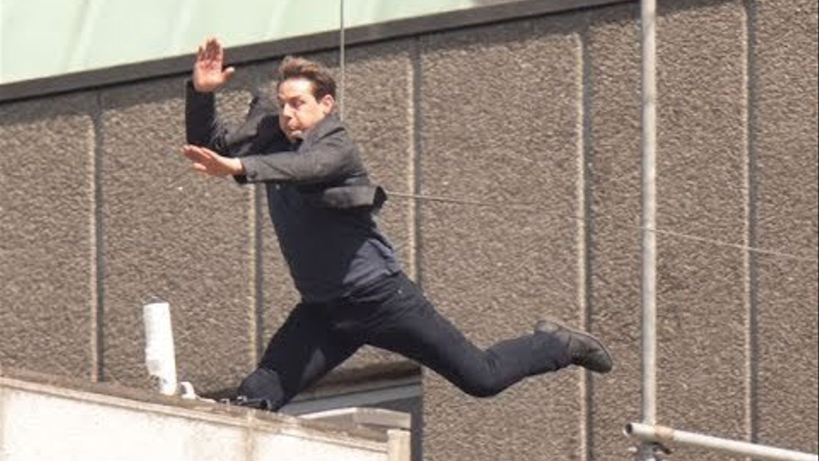 Tom Cruise es lesiona rodant 'Missió impossible 6'