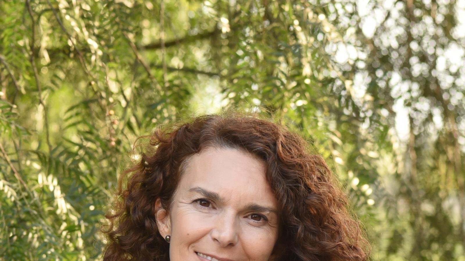 L'autora Isabelle Bes, que ha publicat La prisionera del mar sota l'acrònim de Elise Sebbel