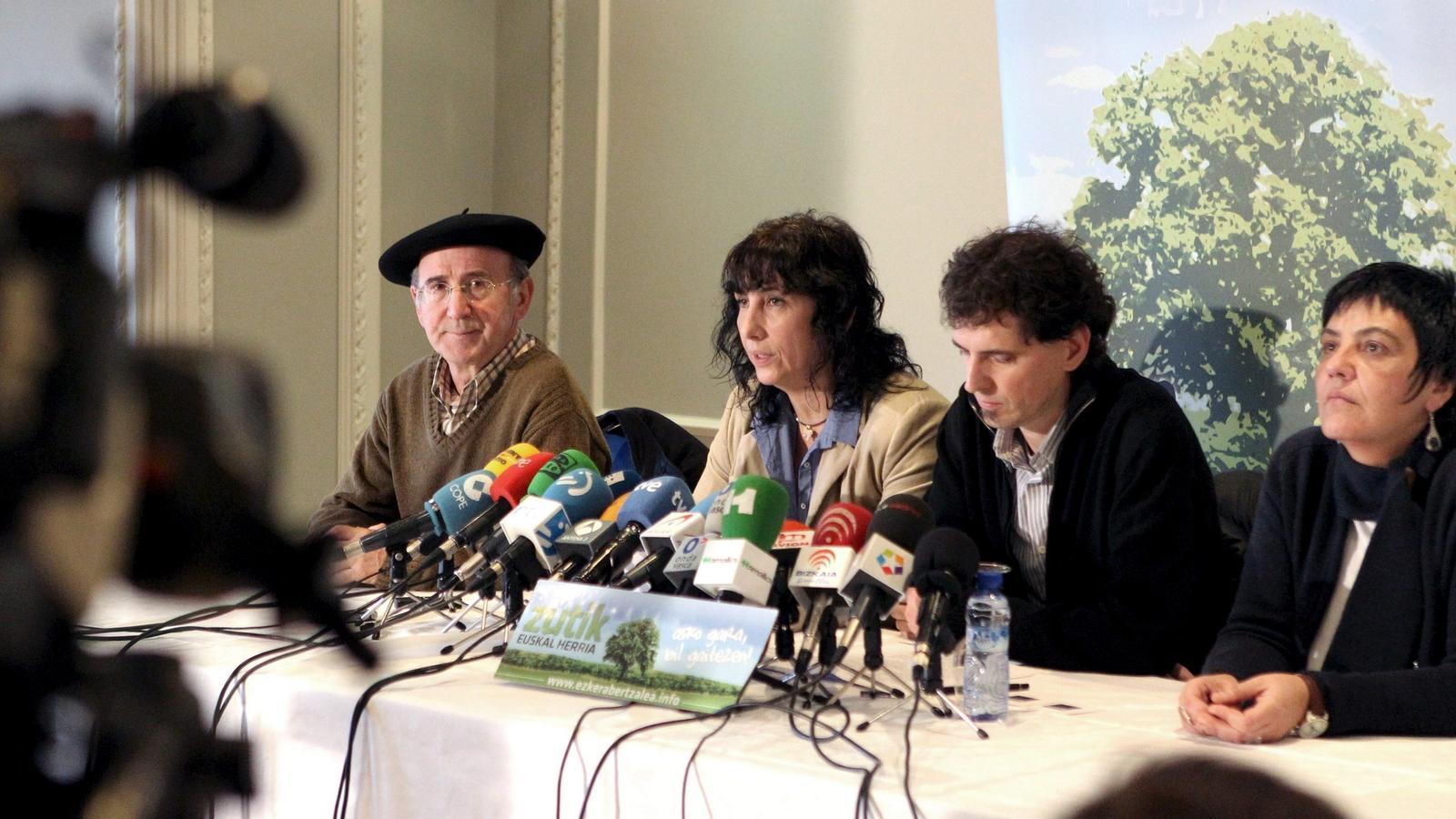 L'esquerra abertzale, pendent de la justícia, sortirà demà als carrers de Bilbao.