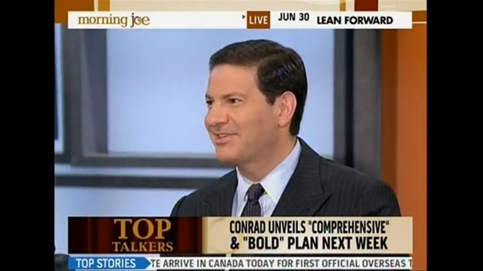 """La cadena MSNBC suspèn un comentarista per dir-li """"imbècil"""" a Obama"""