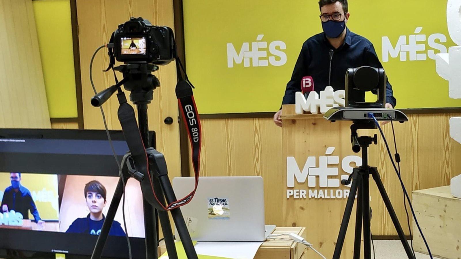 El coordinador de MÉS per Mallorca, Antoni Noguera, en la reunió d'aquest dimarts.