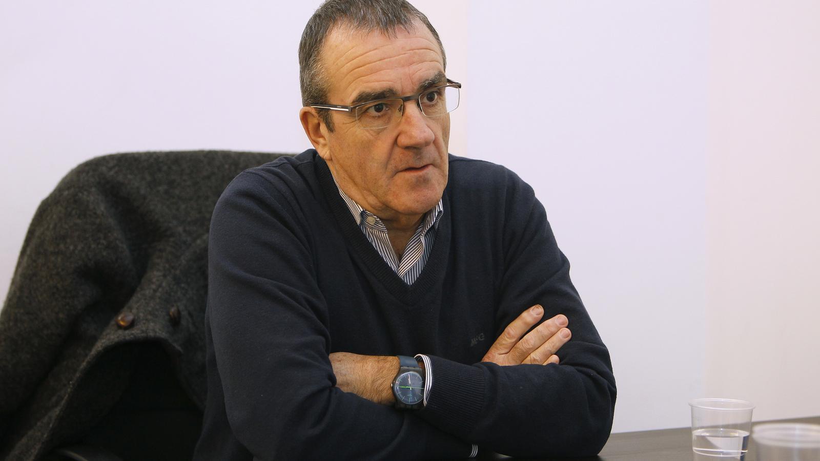 Yllanes tendrà un rival per ser cap de llista al Parlament