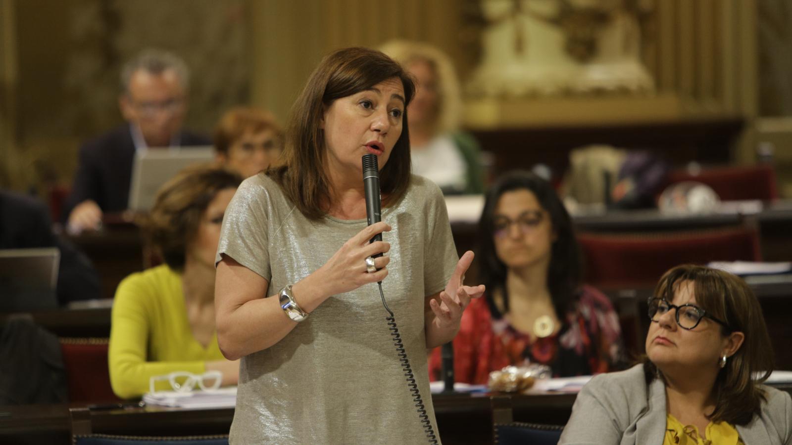La president del Govern, Francina Armengol, ha respost la pregunta de la diputada de Podem, Laura Camargo.