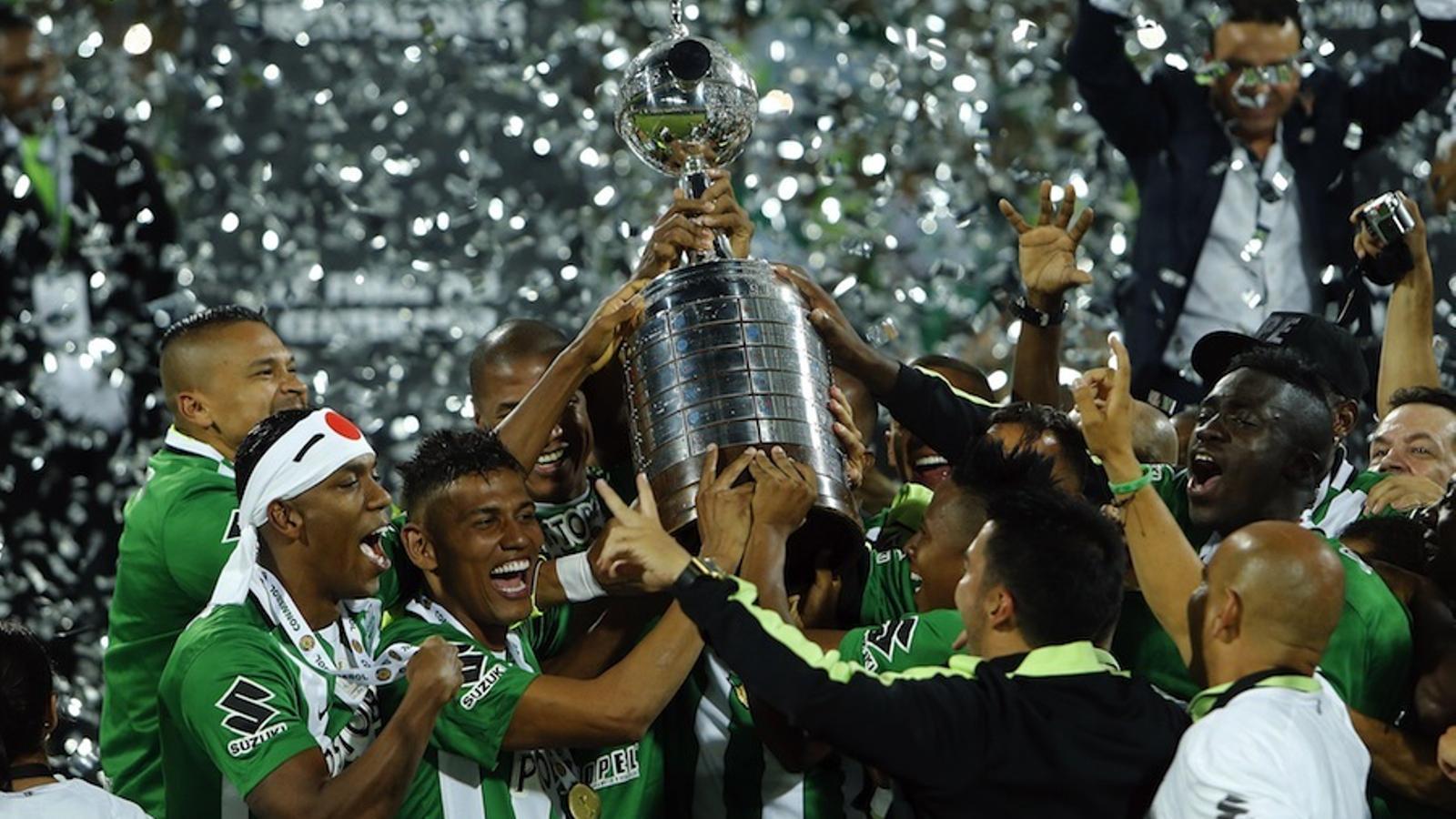 Nacional de Medellín torna a conquerir la Libertadores 27 anys després