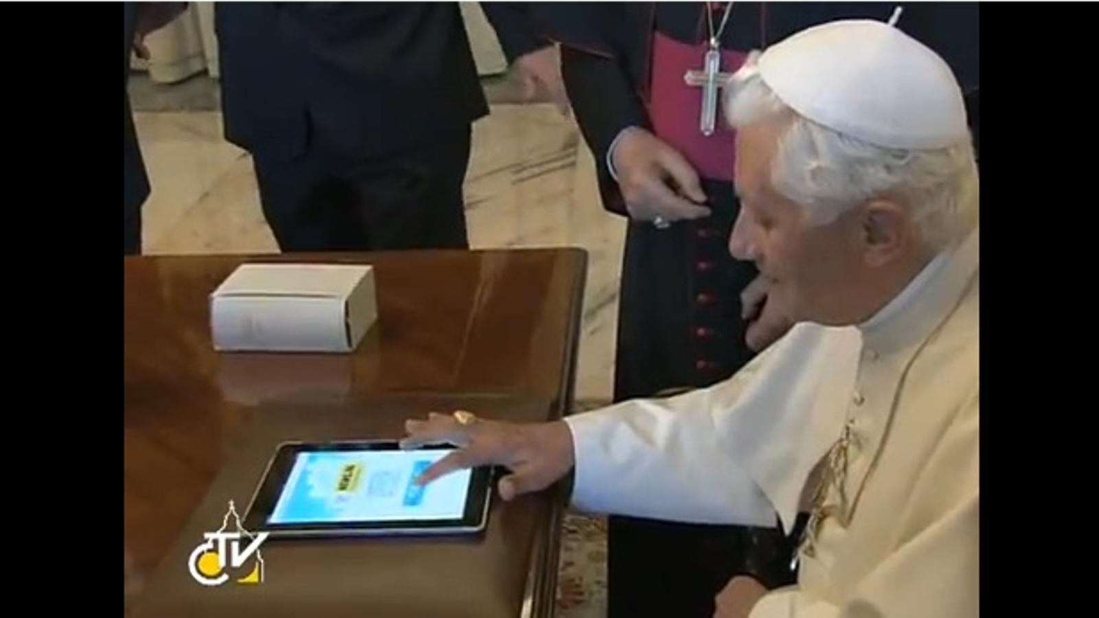 El Papa s'estrena a Twitter per inaugurar la nova pàgina web del Vaticà