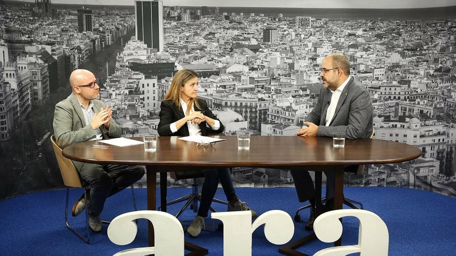Entrevista d'Esther Vera i David Miró a Miquel Buch
