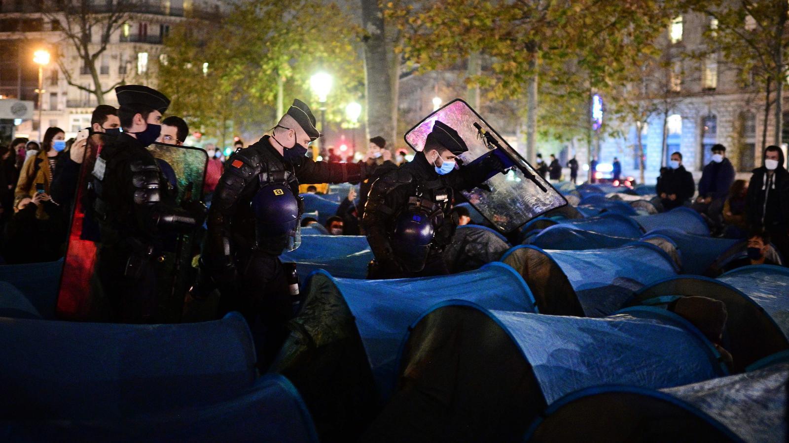 Policia Paris
