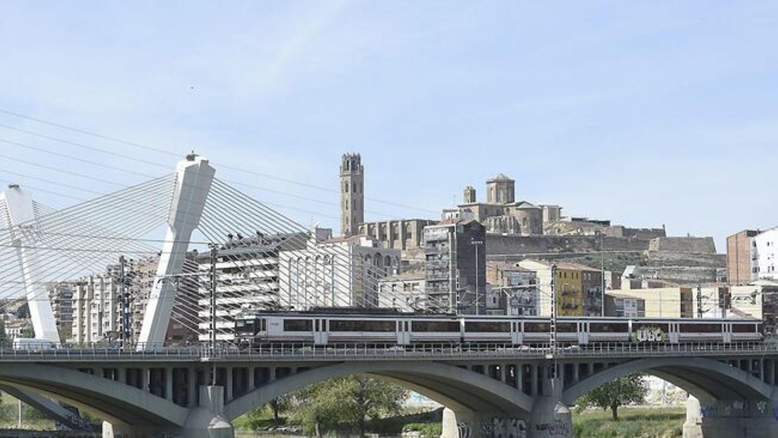 Una panoràmica de la ciutat de Lleida / SANTI IGLESIAS