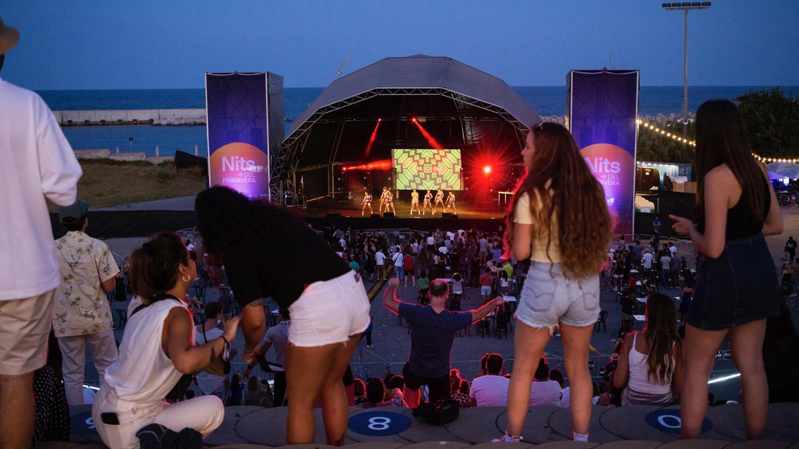 Aspecte del Parc del Fòrum durant el concert de Mala Rodríguez