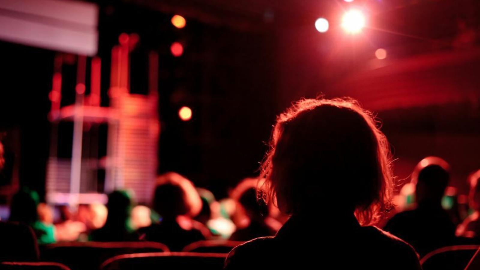 Sales de teatre i de concerts alerten que no obriran fins que no es garanteixi el 100% de l'aforament