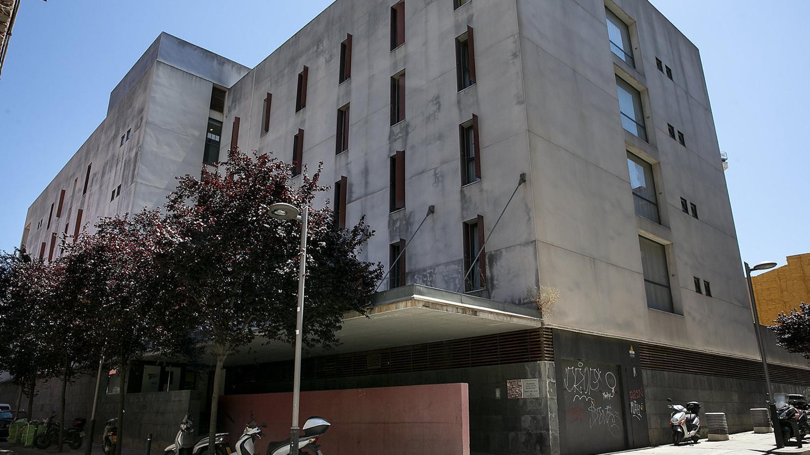 Façana de la Residència Mossèn Vidal i Aunós.