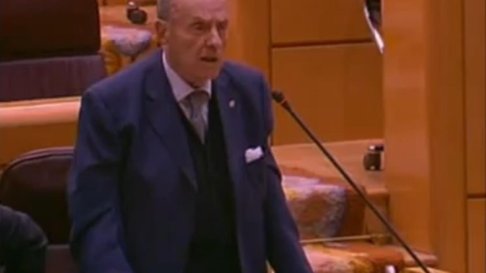 Fraga, el 2010, al Senat. Escridassa un senador del BNG: No li permeto lliçons de galleguisme!