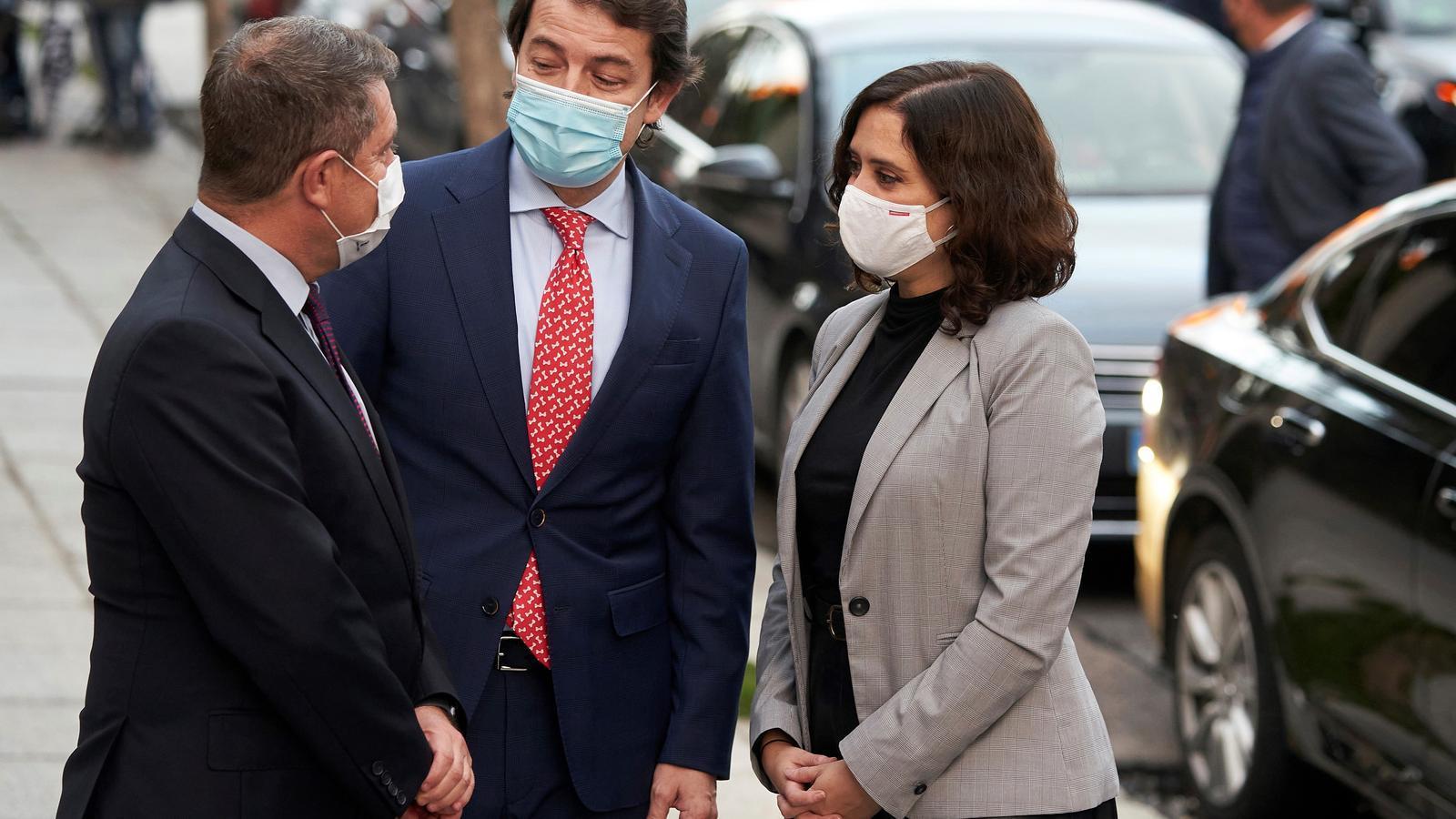 Ayuso avisa que Madrid quedarà obert si Sánchez li impedeix confinar només durant el pont