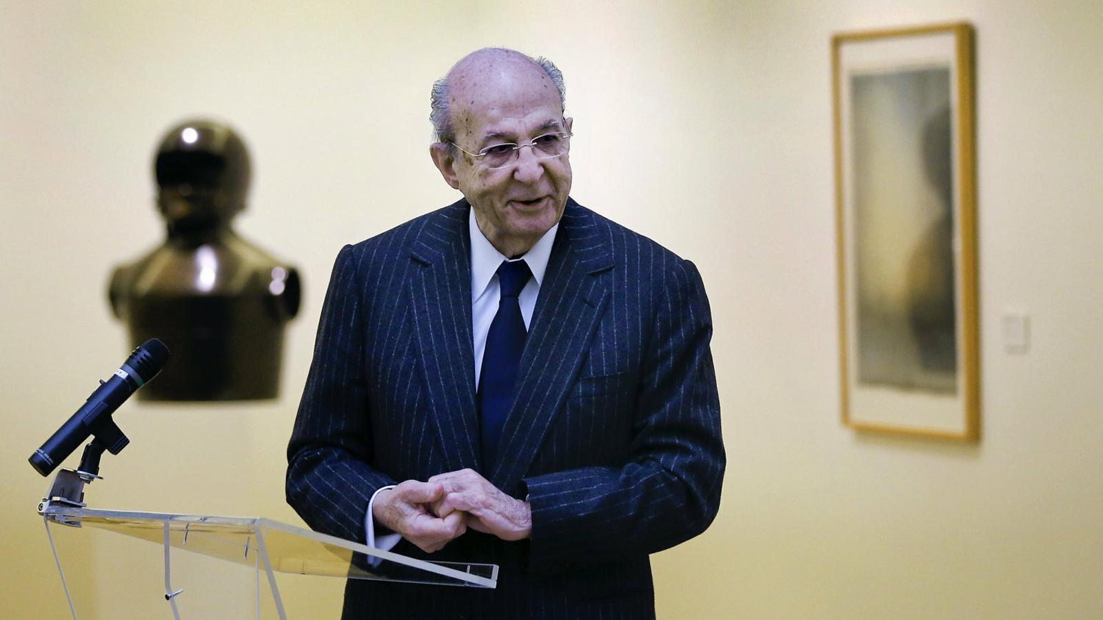 Plácido Arango,   Un filantrop també   Del coneixement