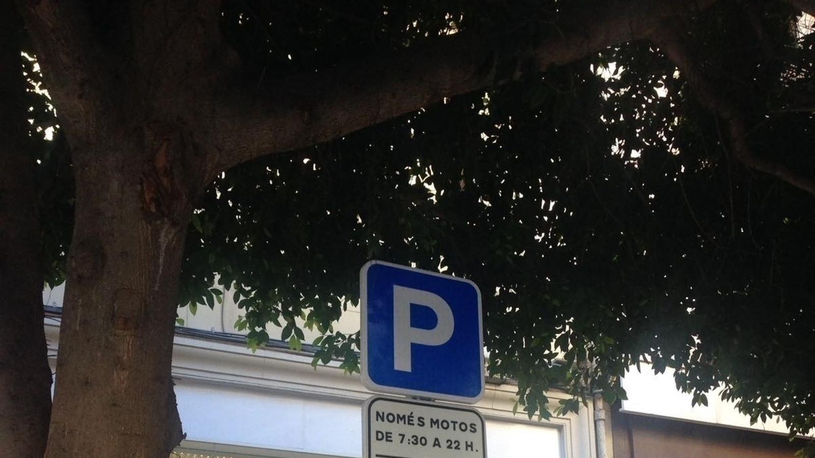 El govern espanyol obliga a retolar en castellà els senyals de trànsit a un municipi del País Valencià