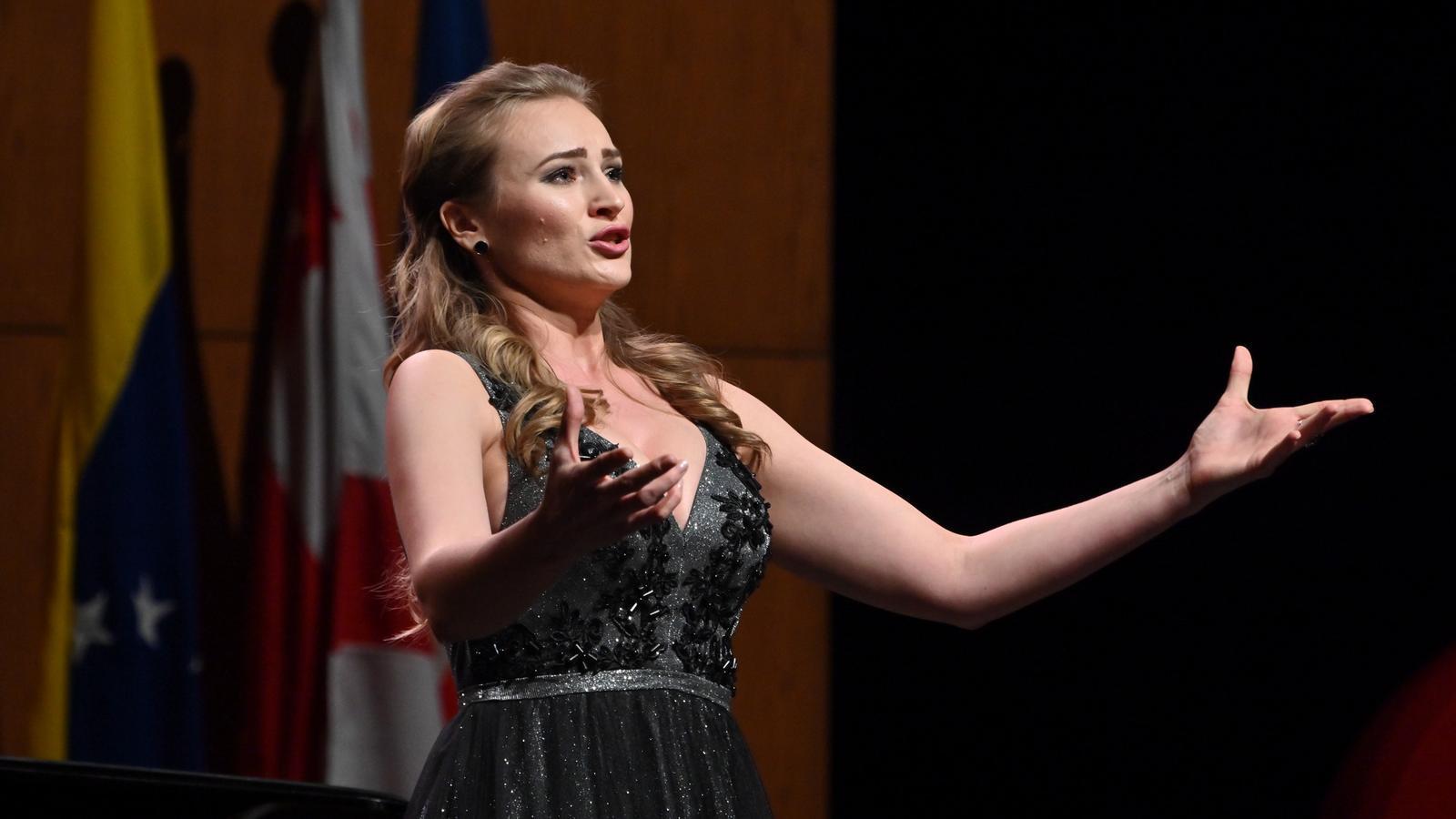 La mezzosoprano russa Victoria Karkatxeva, primer premi del 57è Concurs Tenor Viñas