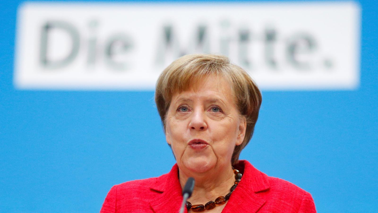 Angela Merkel, durant la seva compareixença aquest dilluns davant els mitjans de comunicació.