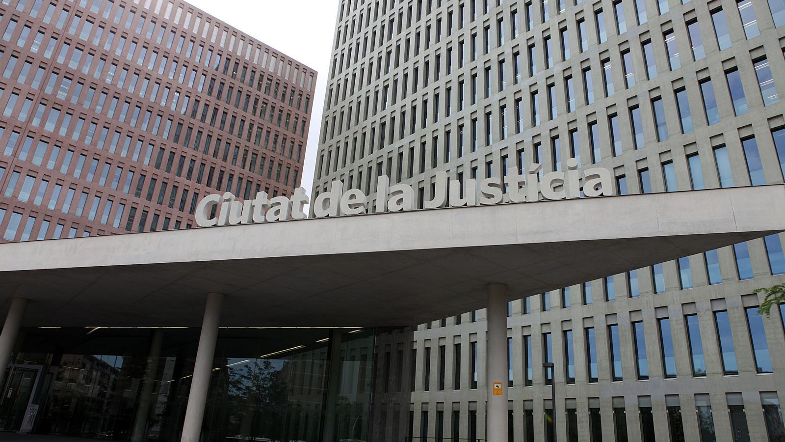 El manifest dels jutges defensa la legitimitat internacional de la consulta