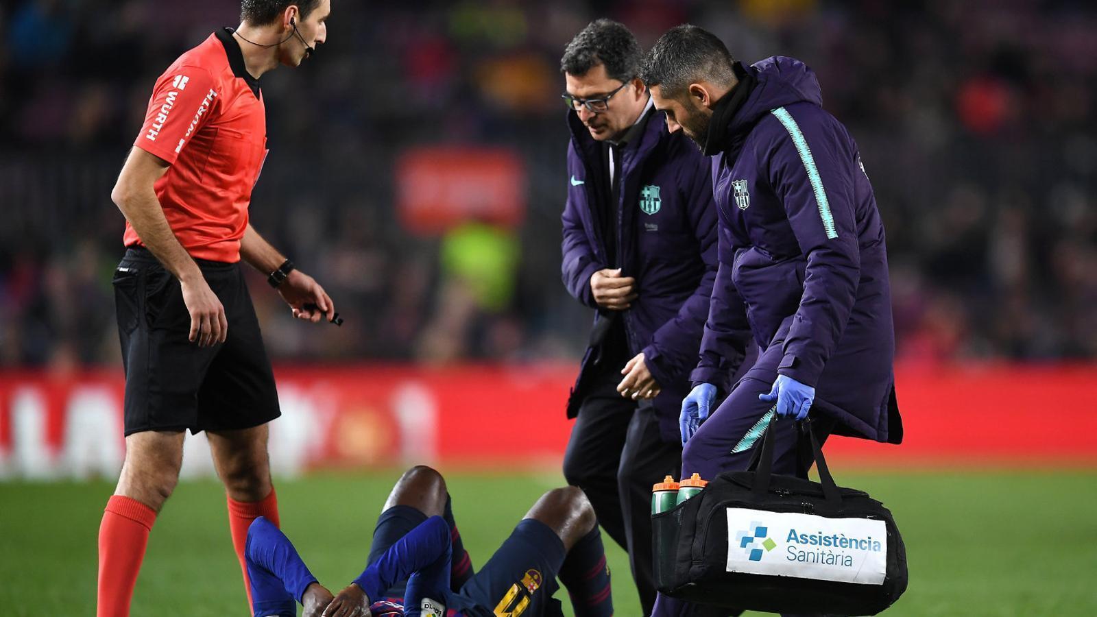 L'extrem blaugrana Ousmane Dembélé es va lesionar tot sol al turmell esquerre en el partit contra el Leganés.