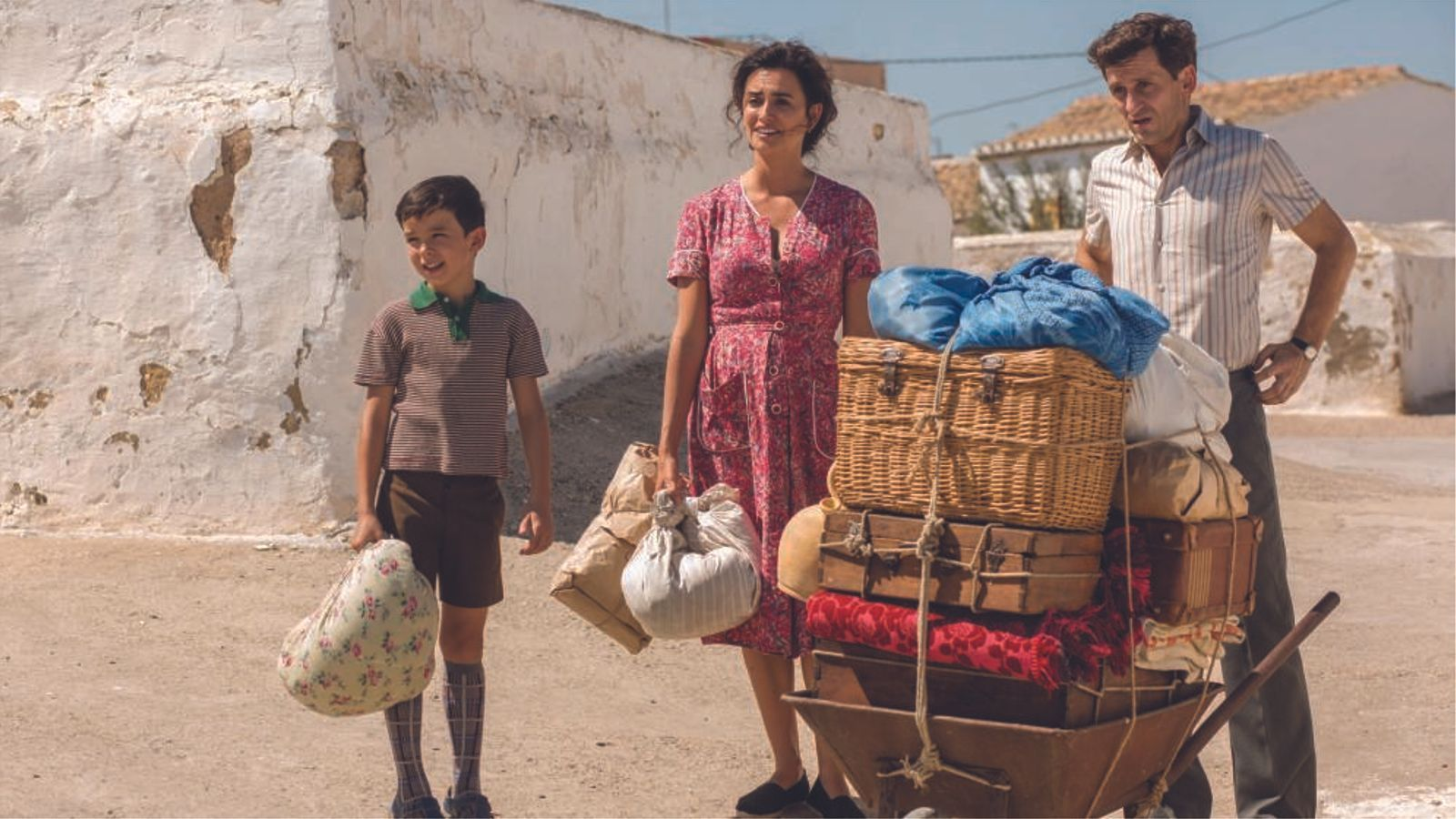 Duet musical de Rosalía i Penélope Cruz al nou tràiler de la pel·lícula d'Almodóvar